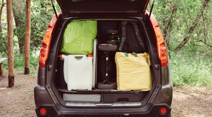 Car-packed-up (Shutterstock_Youproduction)