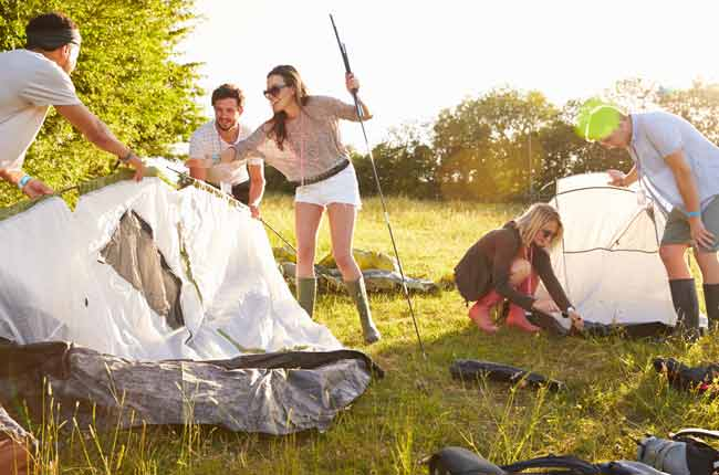 putting-up-a-tent