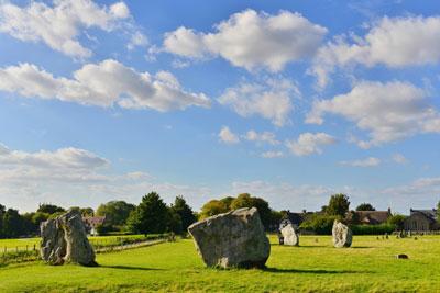 Avebury Circle (Shutterstock, 1000 Words)