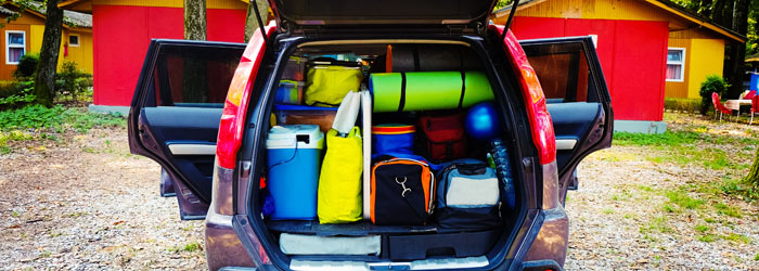 Car packed in order for holiday (Shutterstock, Youproduction)