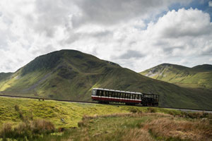 Train summiting Snowdon (shutterstock, Matt Gibson)